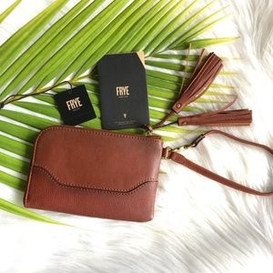 New• Frye Paige Leather Wristlet